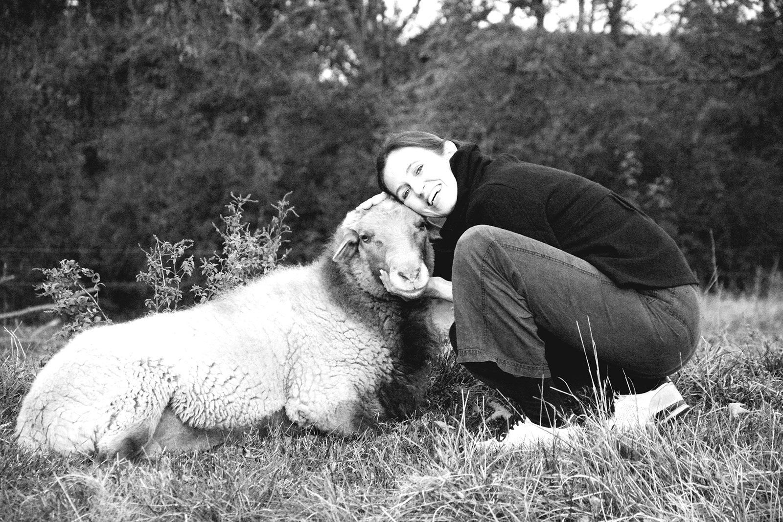 Selbstportrait mit Schaf | Barbara Back